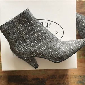 Steve Madden Shoes - Steve Madden booties